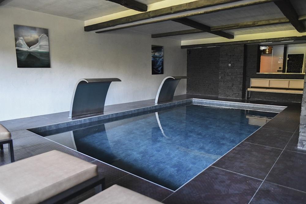 chalet piscine intérieure Tignes
